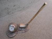 Kugelschreiber Halter mit Uhr